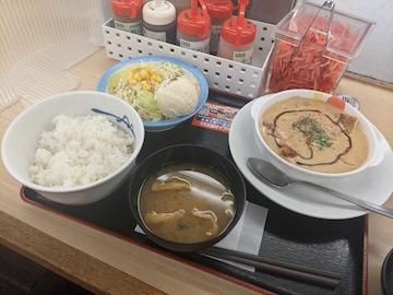 チキンフリカッセ定食(全体)