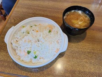 ピラフ(味噌汁とセット)