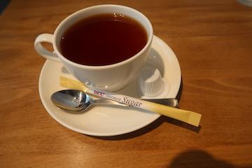 燻製パンチェッタと黒胡椒のカルボナーラ(紅茶)